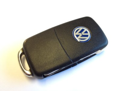 Replace a battery in a VW key fob remote - Older style